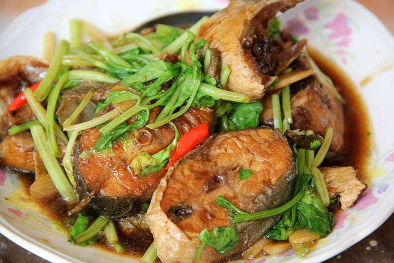 what to eat in Thailand - Pad Pla Keun Chai