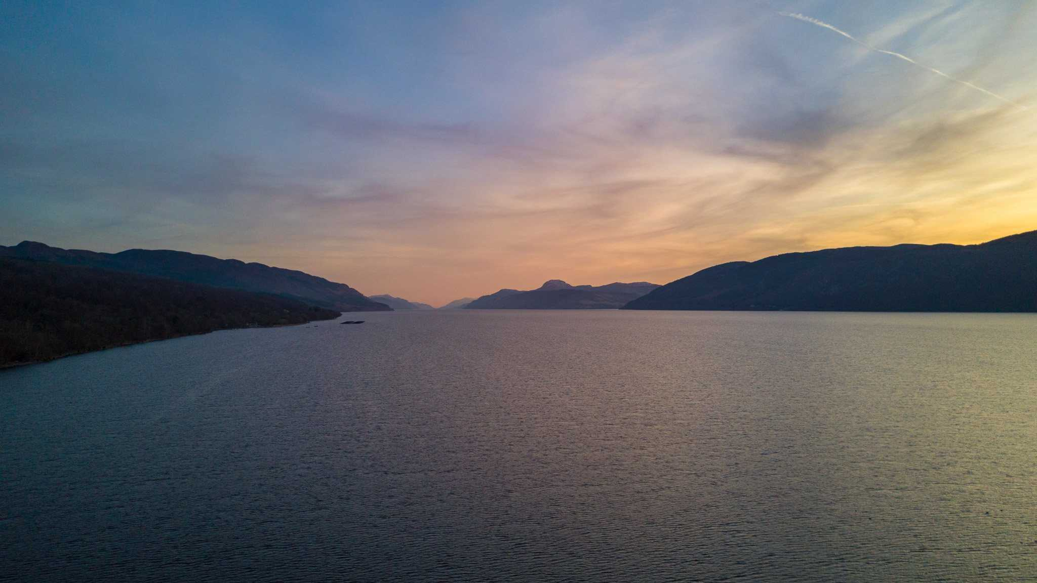 Thing-to-do-in-inverness-Loch-ness-sunset