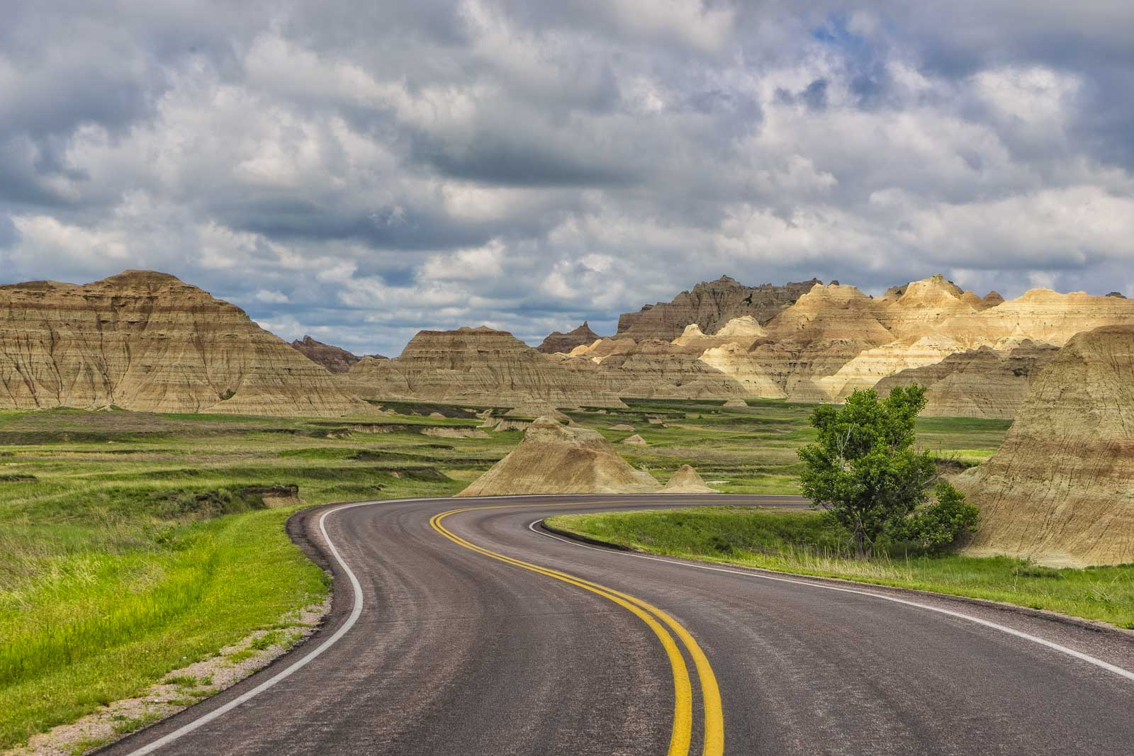 Where to Stay Near Badlands National Park