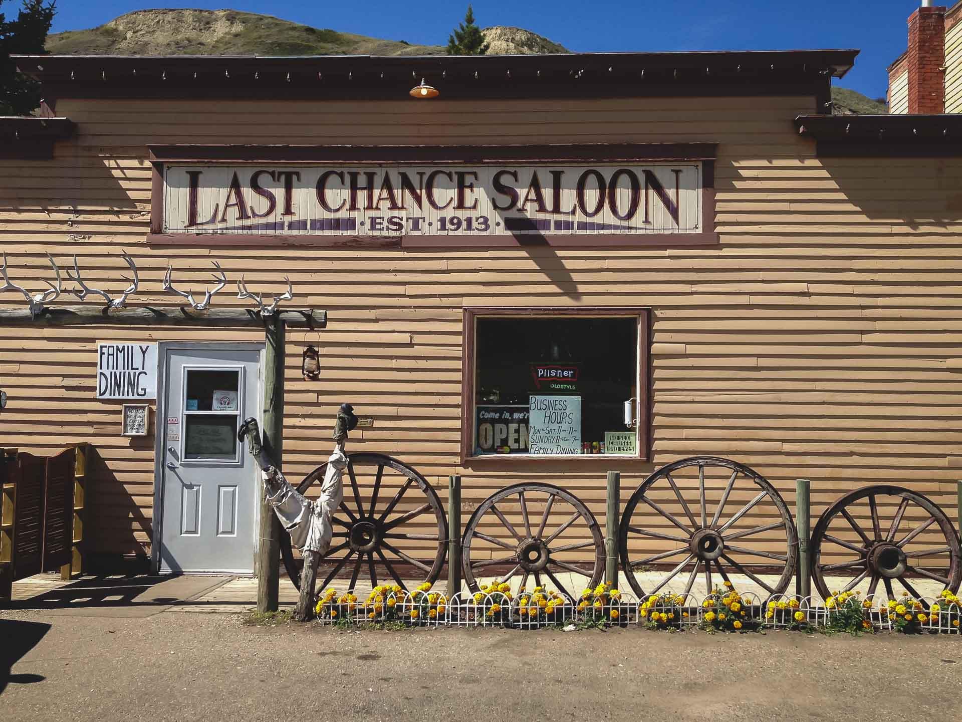 last chance saloon wayne alberta