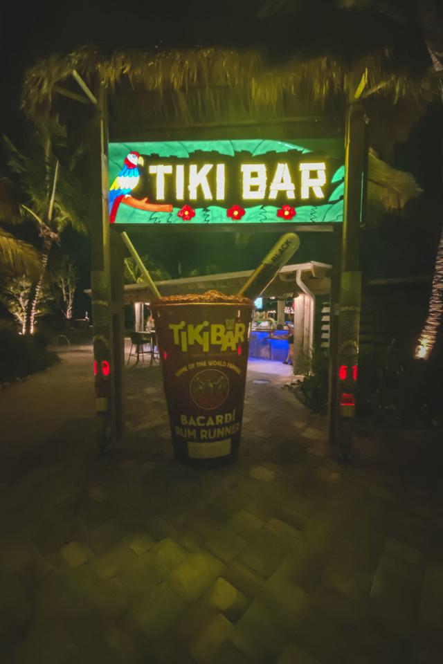 famous tiki bar at holiday isle