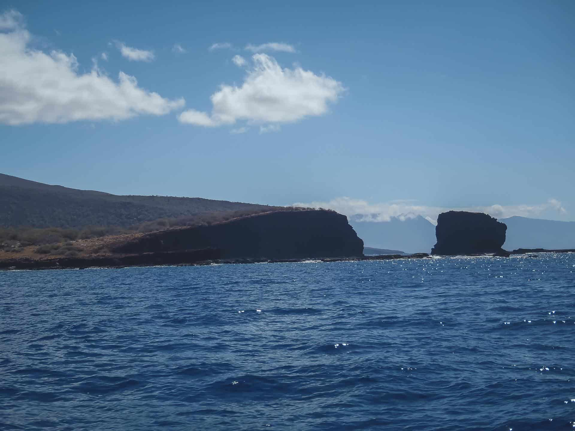 what to see in lanai - sweetheart rock