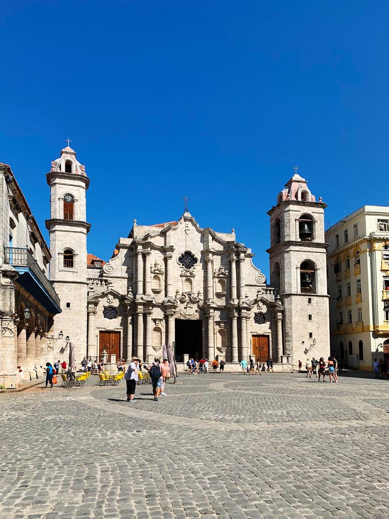 havana plazas catedral