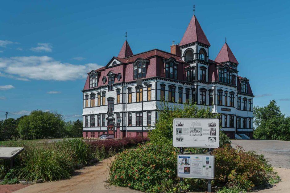 lunenburg academy heritage building