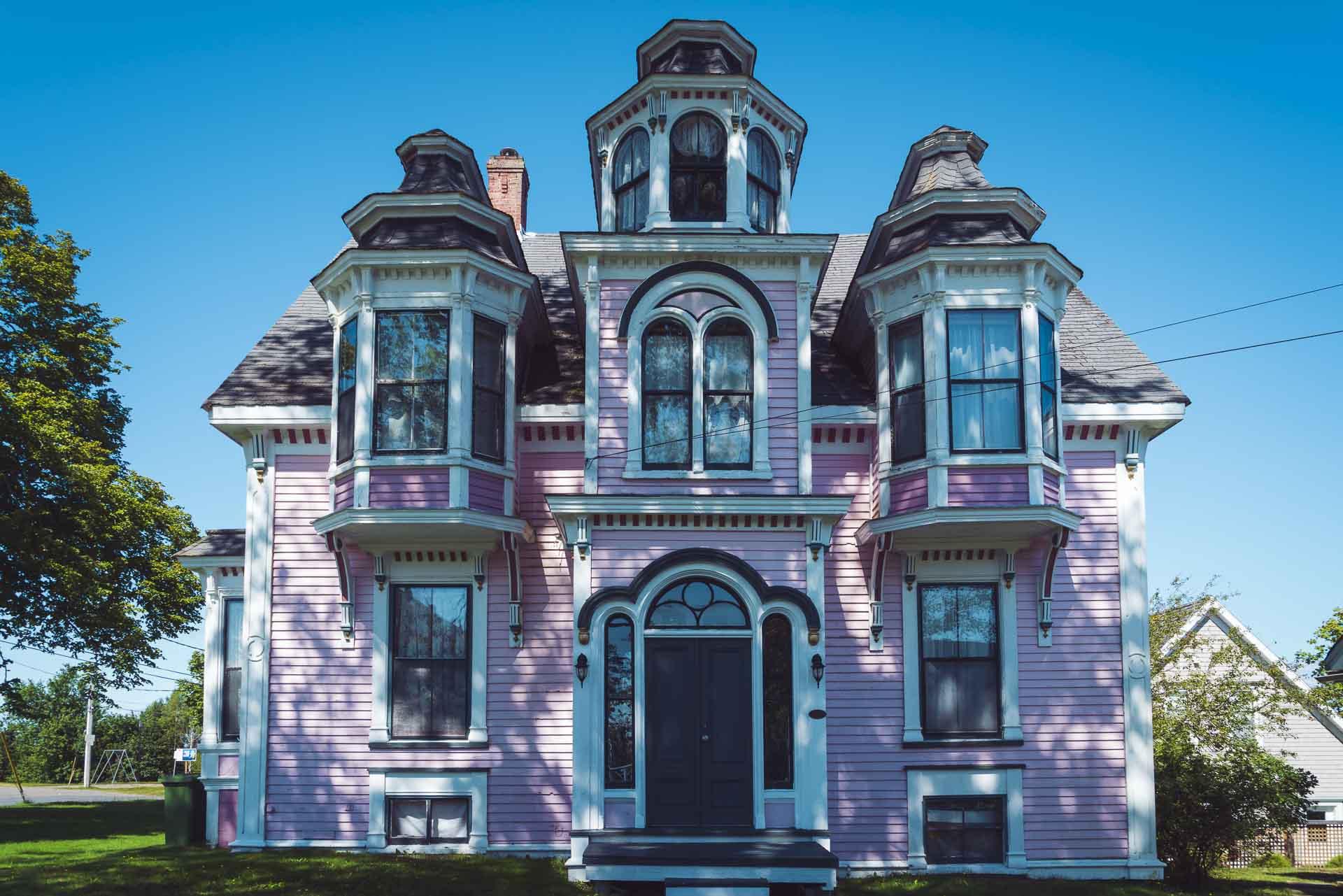 lunenburg pink house