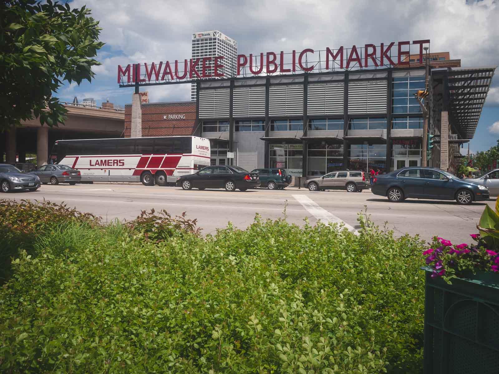 Milwaukee Public Market food Tour