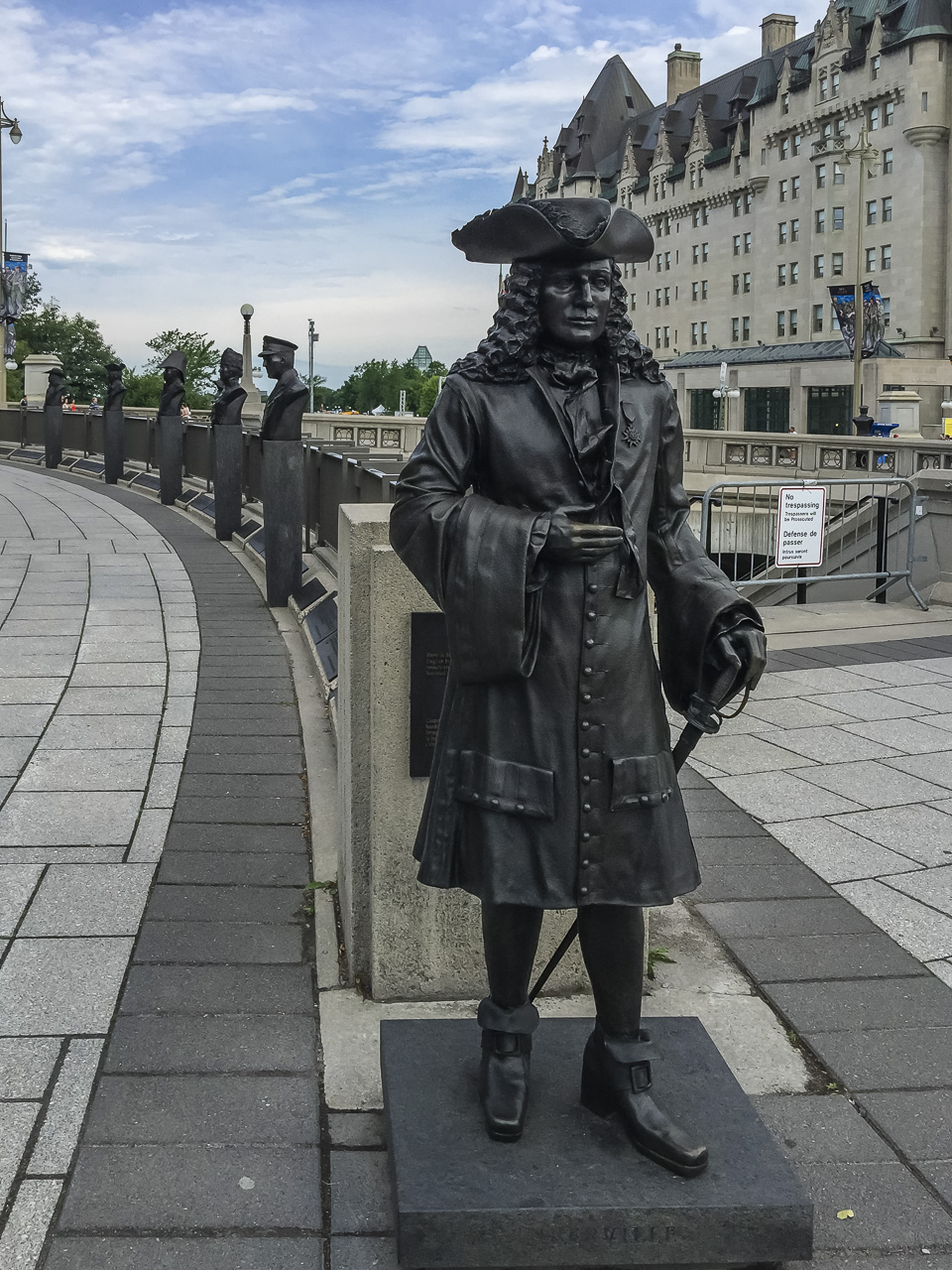 things to do in Ottawa monuments