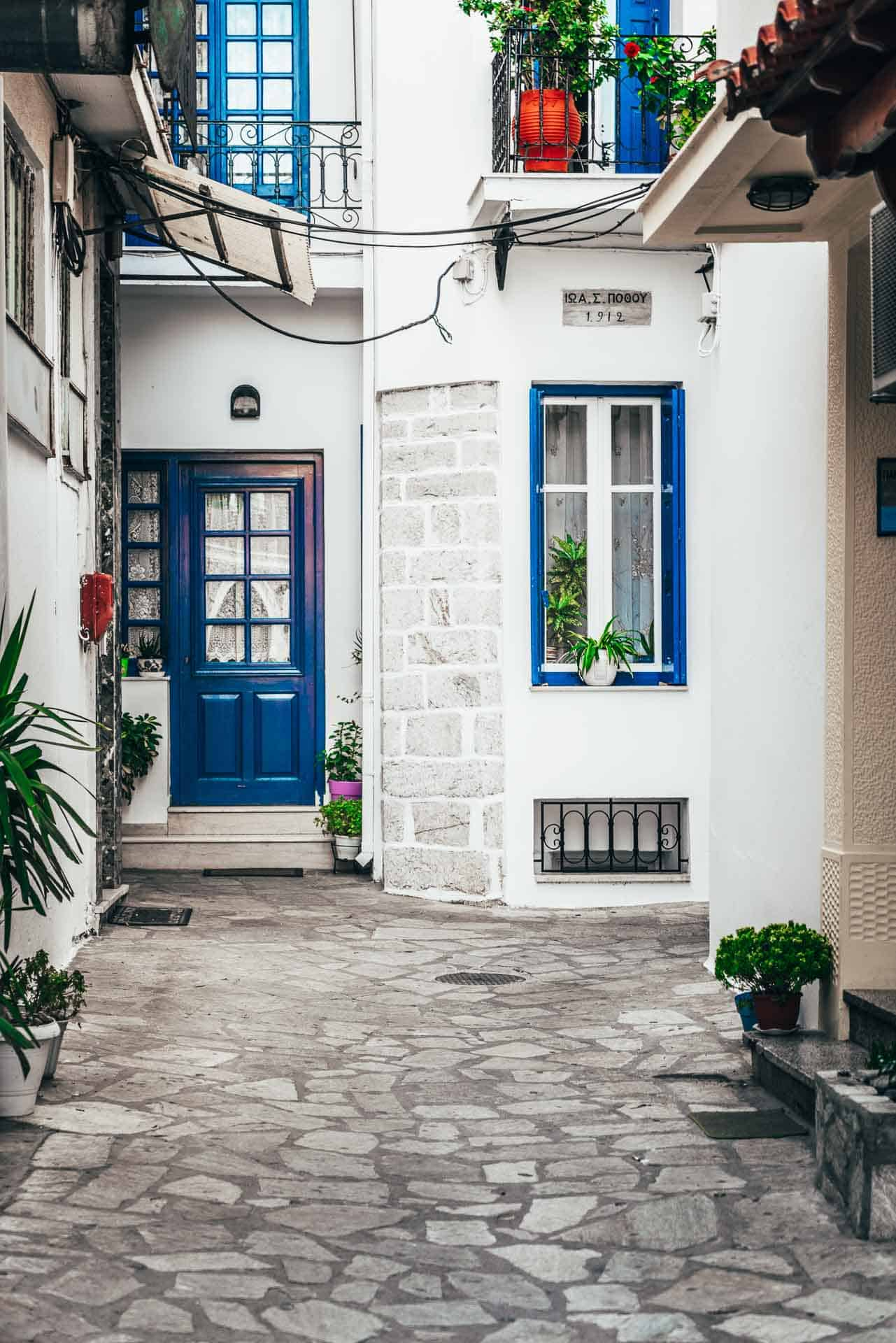 what to do in skiathos greece - old town
