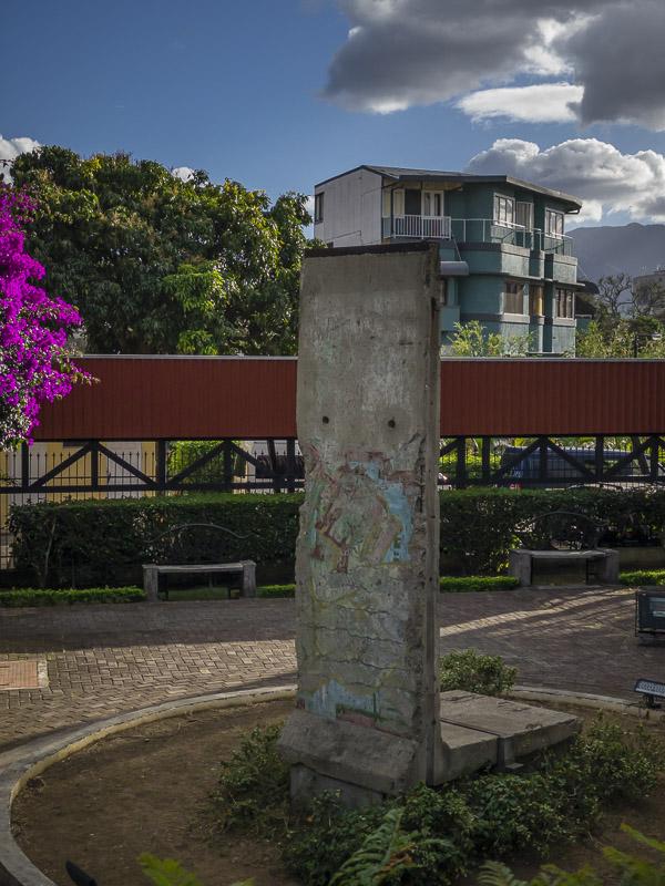 Un morceau du mur de Berlin à San José