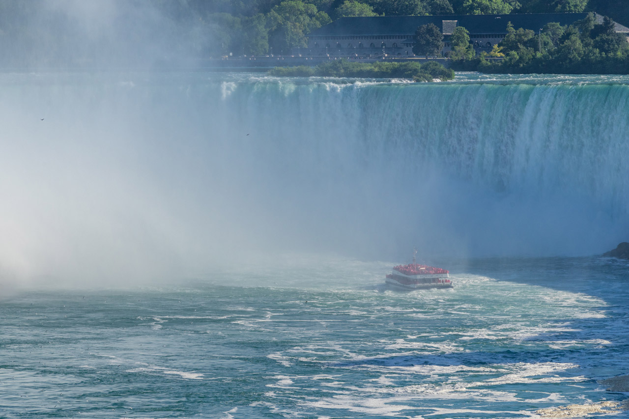 toronto to niagara falls bus hornblower criose