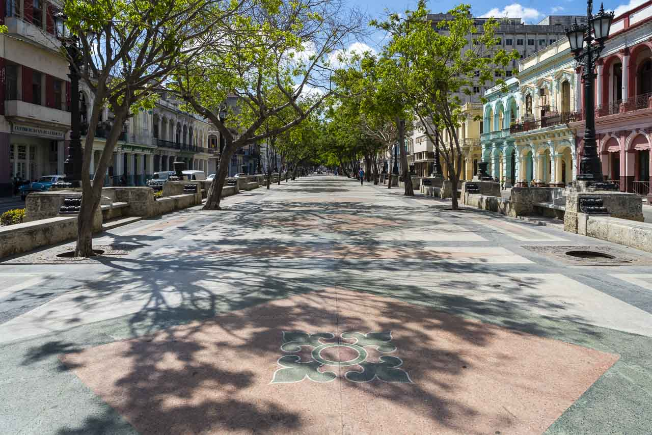 Havana Cuba things to do walking tour