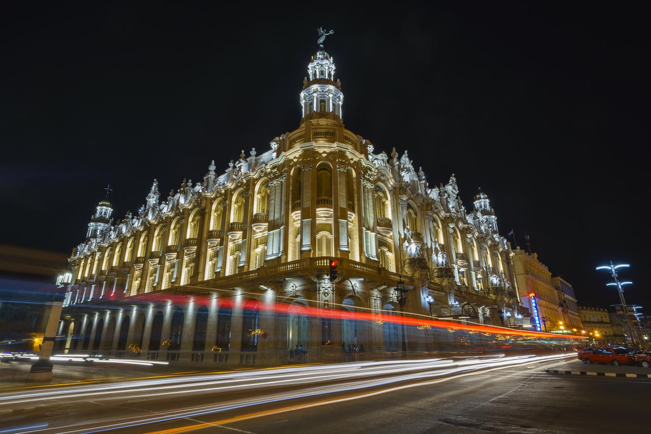 things to do in havana at night grand theatre