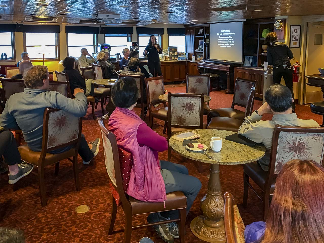 Onboard lectures uncruise