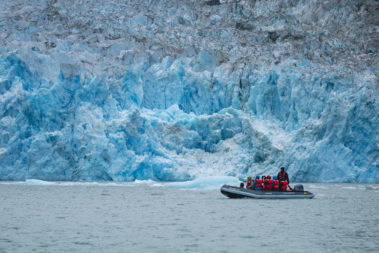 Uncruise Excursions in Alaska