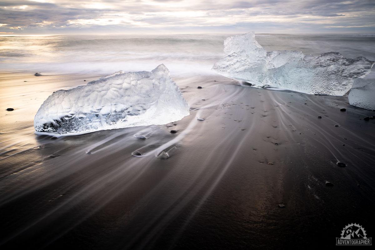 iceland must see black sand beach