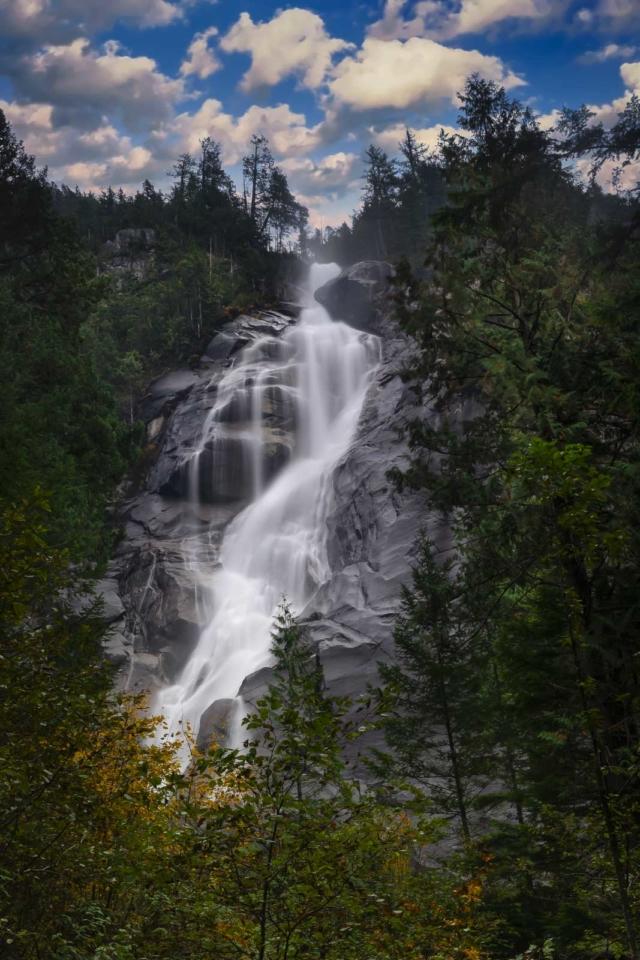 Shannon Falls near Whistler