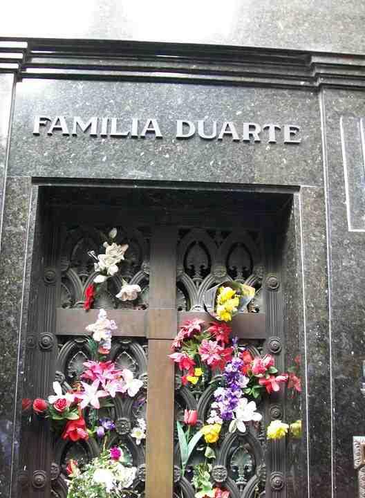 Vault-of-Eva-Peron-Cemeterio-de-la-Recoleta