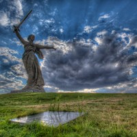 Volgograd_mother_russia_monument