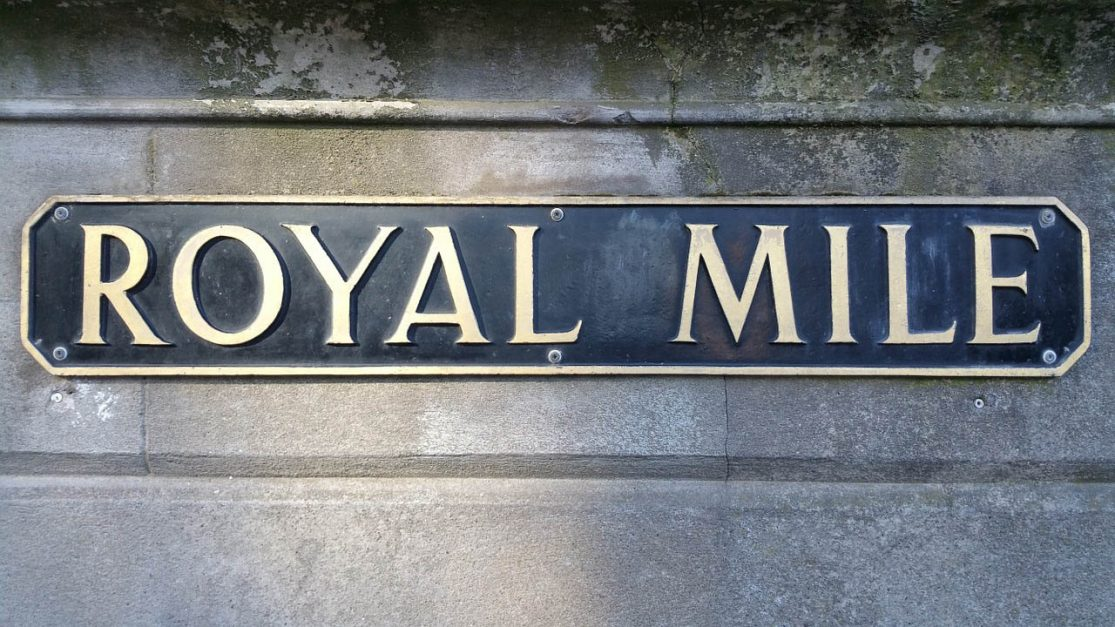 where to stay in Edinburgh best places royal mile
