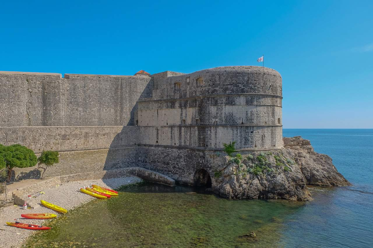 Where-to-stay-in-dubrovnik-beach