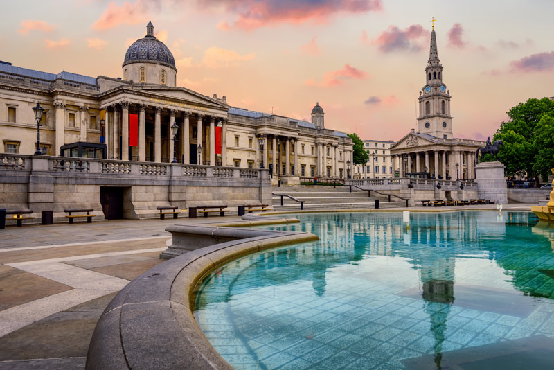 Trafalgar Square's iconic fountain is a great area to stay in London