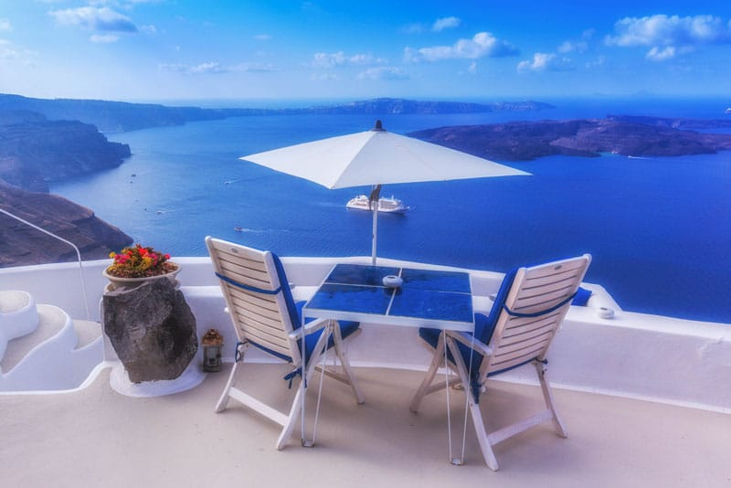 about santorini table