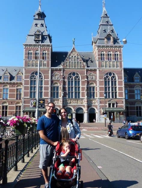 travel with family to Amsterdam
