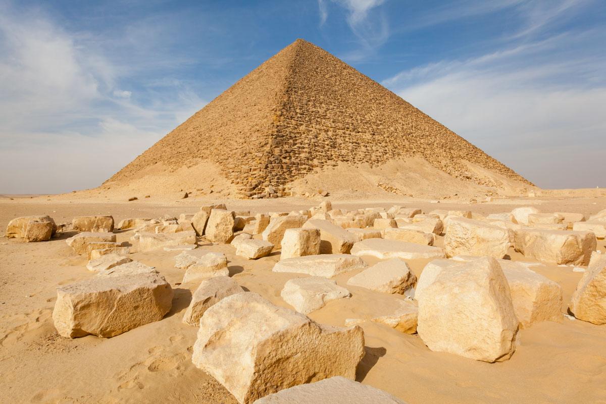 red pyramid of giza
