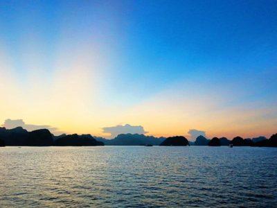 Halong Bay or Bai Tu Long Bay – How to Choose Your Cruise?