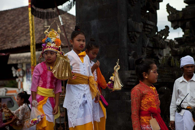 bali kids ceremony