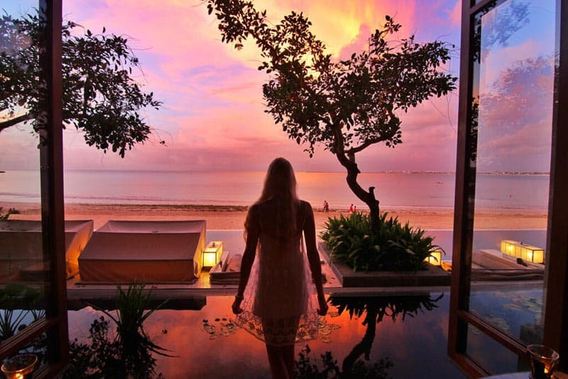 budget bali travel tips sunset
