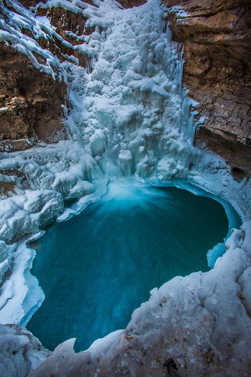 banff lake louise waterfalls