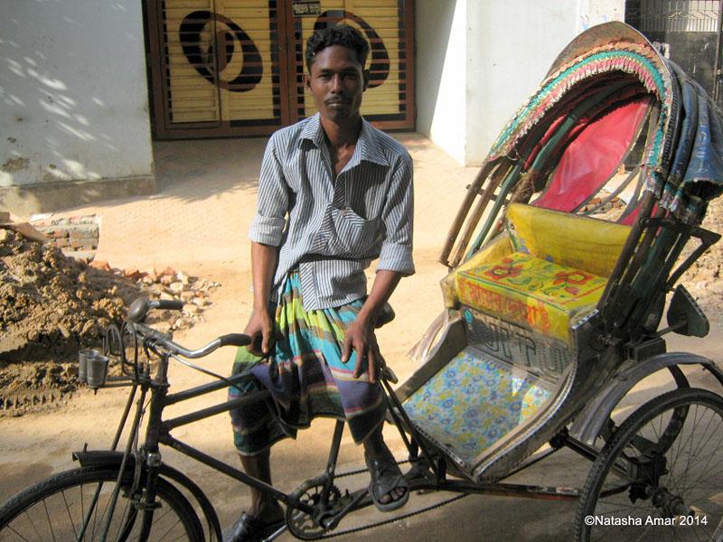 tuktuk driver bangladesh