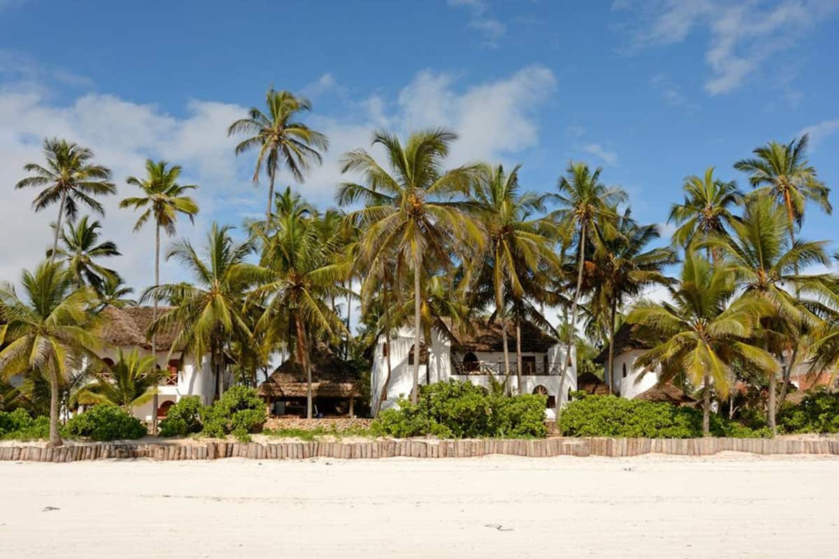 zanzibar beach hotels that are eco friendly
