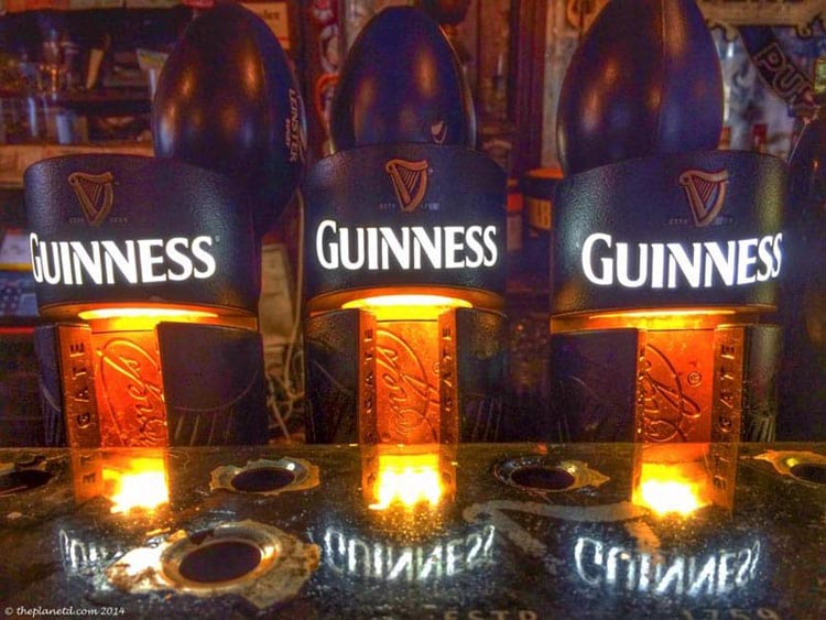 things to do in dublin | guinness beer taps