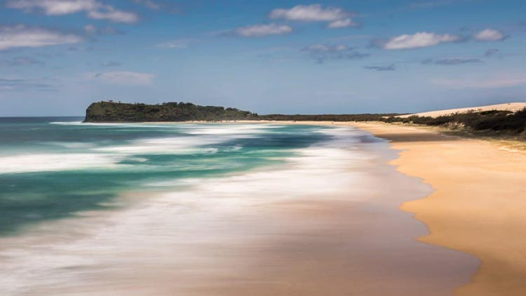 tropical islands | fraser island beach Australia