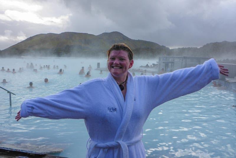 Blue Lagoon Iceland Deb en robe