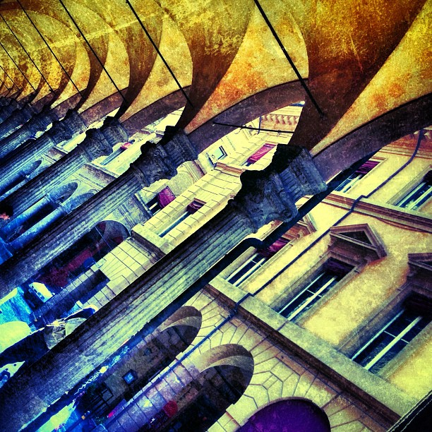 bologna-arches-italy