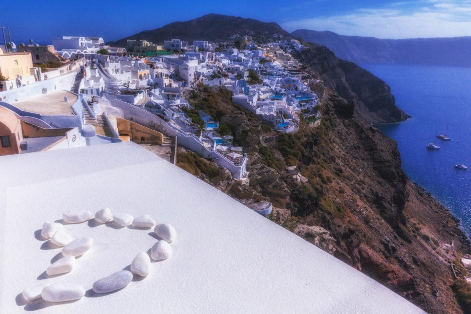 plaecs to visit in Greece - santorini