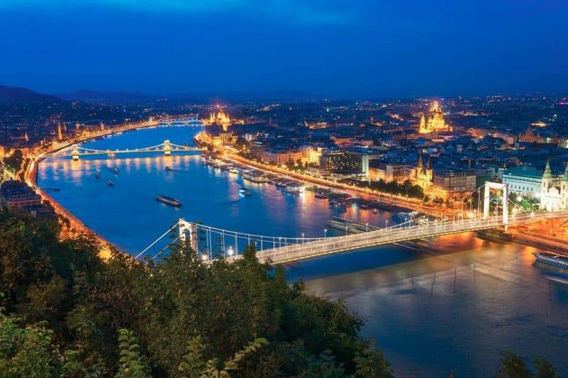budapest pictures elisabeth bridge