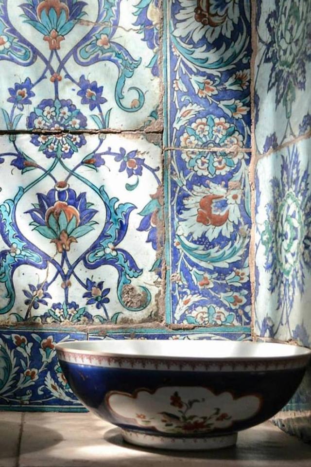 travel guide cairo egypt ceramics