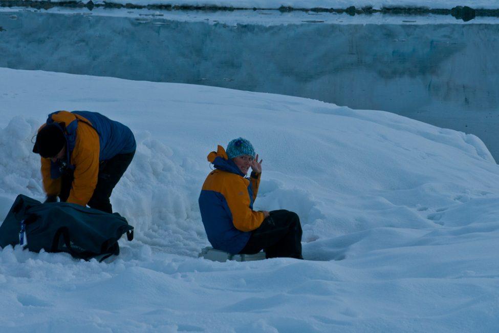 camping-antarctica-11