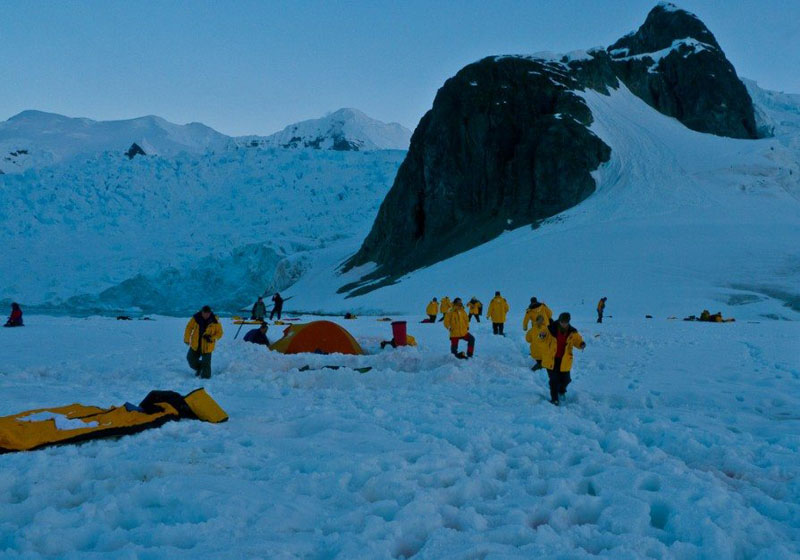 camping in antarctica camp