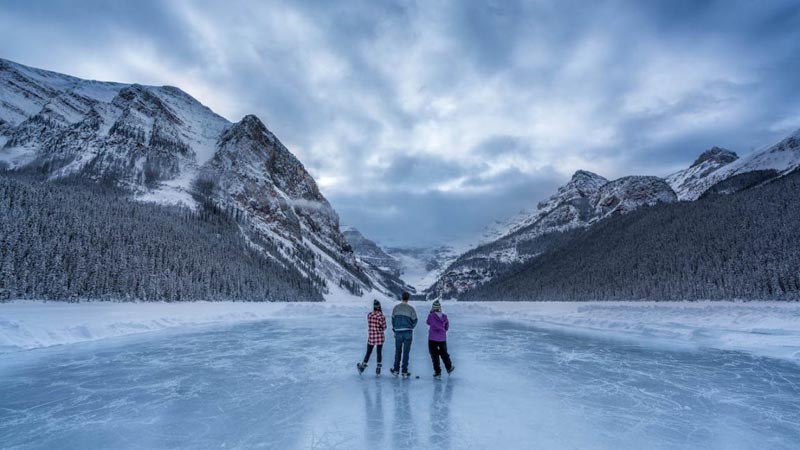 canada's best adventures pond hokey on lake louise