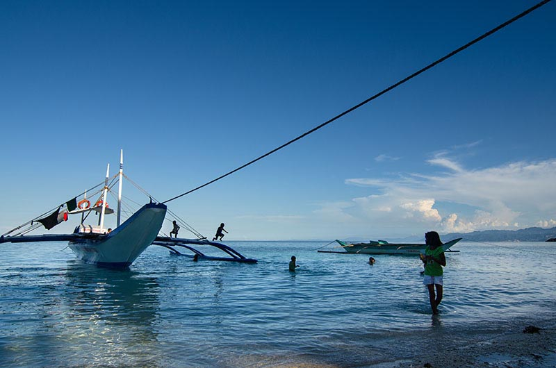 hambil beach locals