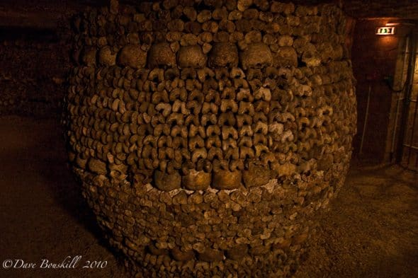 catacombs of paris bones
