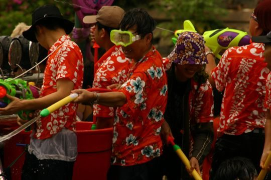 people celebrate songkran in Thailand