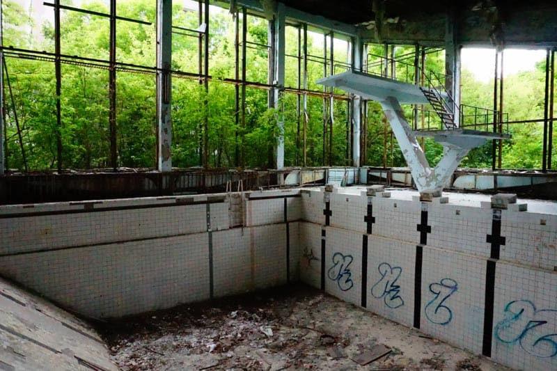 Chernobyl disaster Pictures empty swimming pool