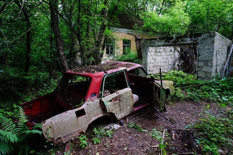 Chernobyl disaster pictures wrecked car