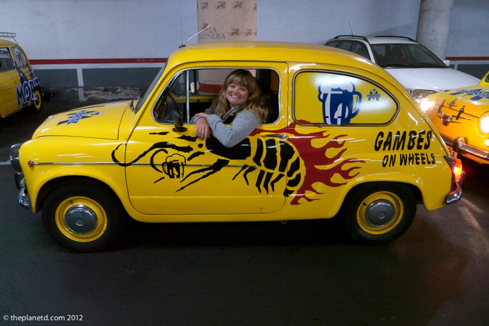 cool city tours in barcelona seat 600